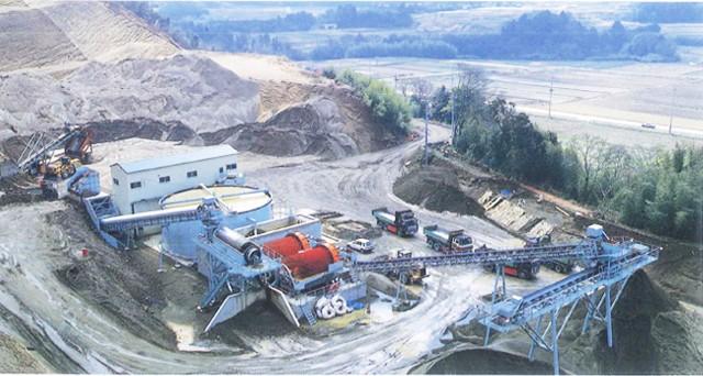 上質の天然の砂を有する千葉県君津市の採取場を保有しております