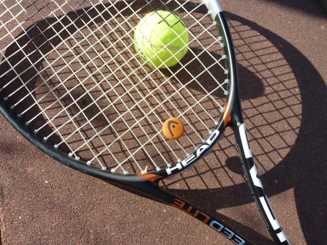 tennis-363663_1280