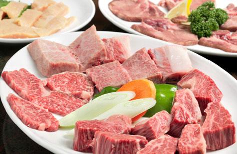 厚めでも柔らかく食べられるこだわりのお肉をお召し上がりください!