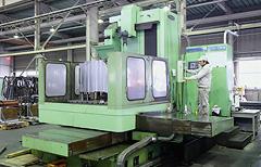 工作機械による部品の製造、加工を行っています。