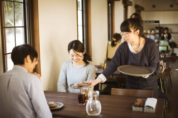 【求人】障がい者就労支援施設:カフェ&ショップの複合店舗
