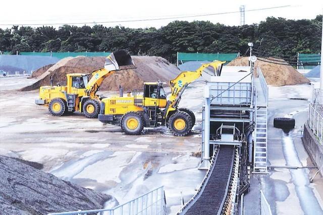 上質の天然の砂を有する千葉県君津市の採取場を保有しております。
