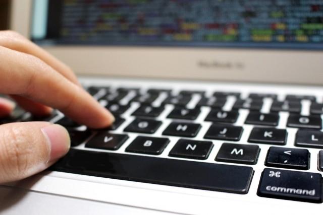 オンラインショッピング等システム開発についてお悩みの方は、お気軽にご相談ください。