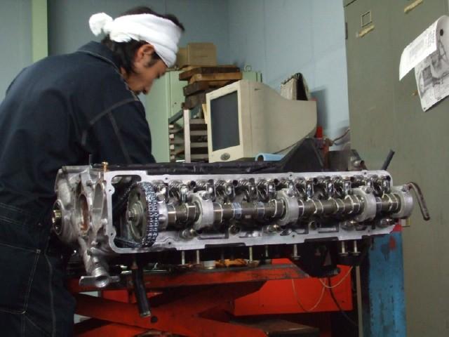 エンジン修理はKJSにお任せください