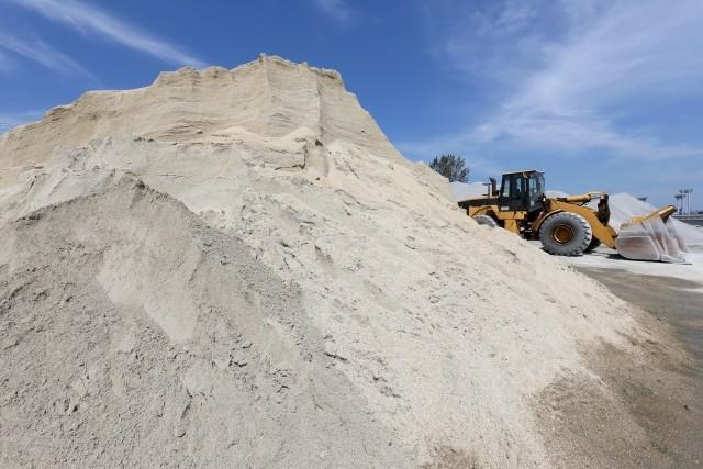 残土処理・埋立工事などでお困りの方、砂の事なら真木建材にご相談下さい。