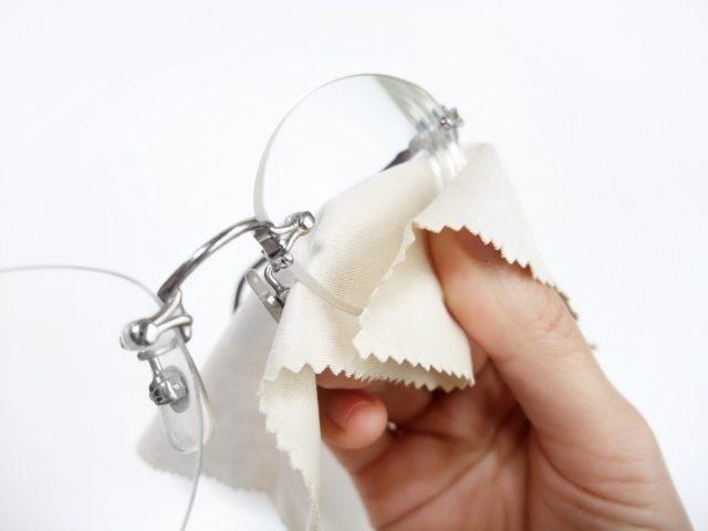 メガネの修理・クリーニング・視力測定などもお気軽にご相談下さい