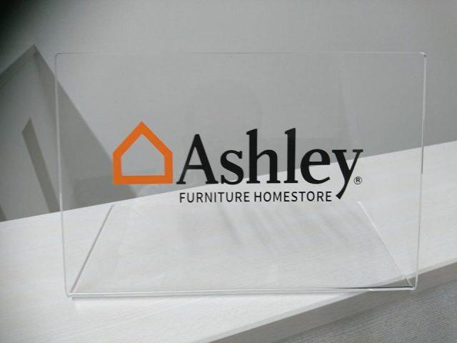Ashleyの輸入家具をご提案できる様になりました。