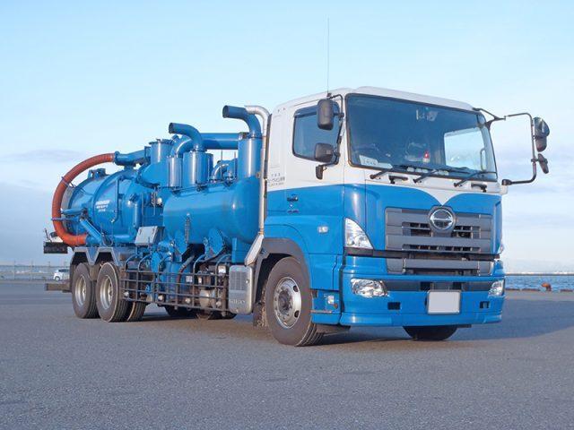 一般・産業廃棄物収集運搬、処分などを行っております