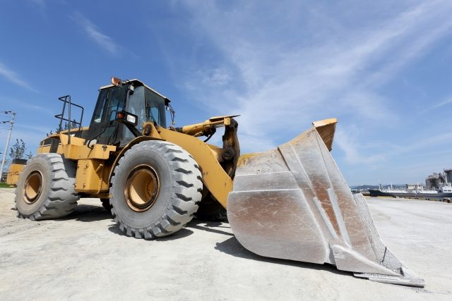 「上質の天然砂」建設資材用の砂を取り扱っております。