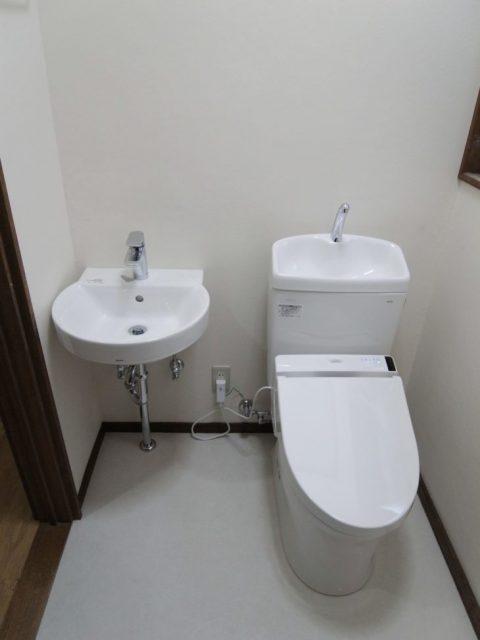 車椅子の介助がしやすく、スッキリとした空間が出来ました!!