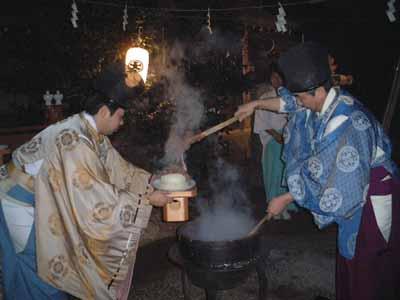 卯杖祭(伊太祁曽神社)