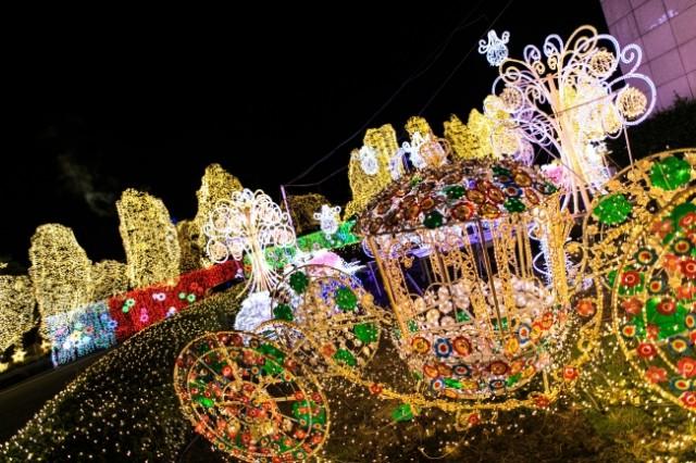 イルミ・秋冬イベント特集☆「光の贈り物 ~600mのプロムナード~」