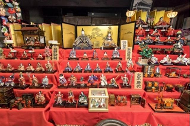 江戸から昭和期までのひな人形が約160軒に勢ぞろい!真壁のひなまつり