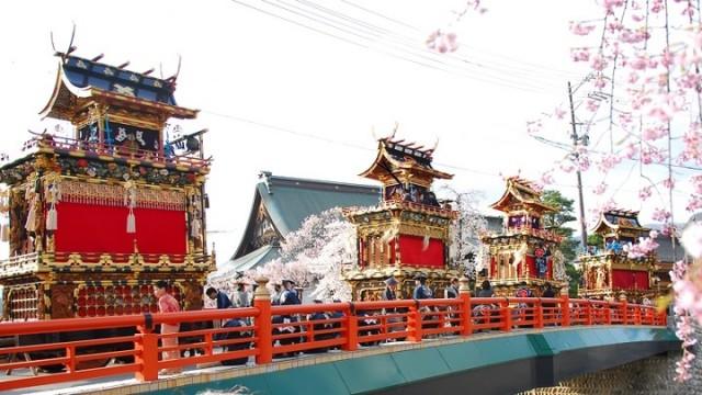 春・桜・出会い特集☆勇壮な起し太鼓と雅な祭屋台の「古川祭(ふるかわまつり)」
